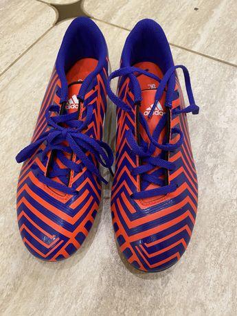 Продам новые бутсы футбольные Adidas оригинал р. 36