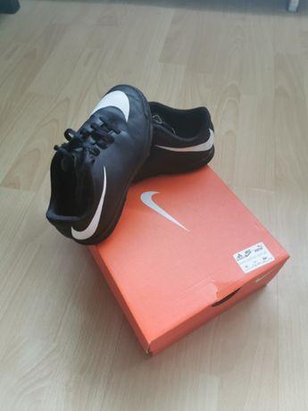 Turfy Nike rozm. 28,5