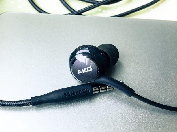 Навушники AKG комплектні від samsung