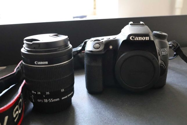 Canon EOS 70D WiFi + объектив Canon EF-S 18-55mm