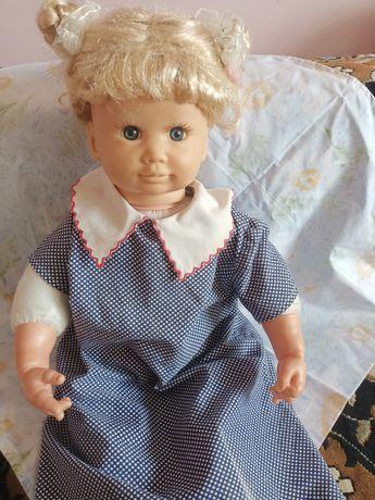 Интерактивная кукла Ксюша бу