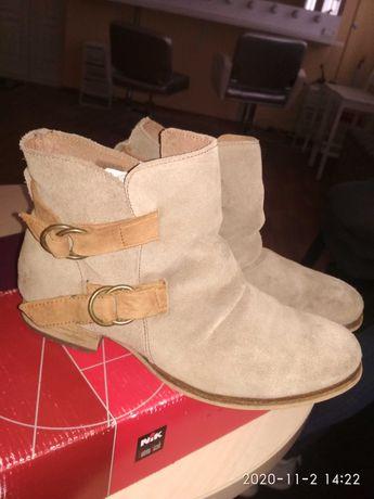 Продам сапоги ботинки ботильоны осенние песочного цвета