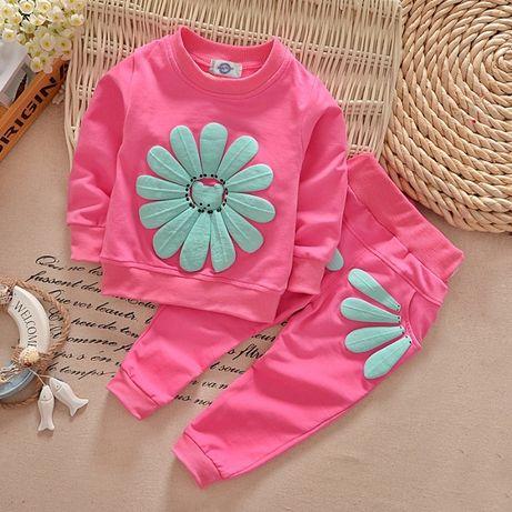 Костюм (свитер + штаны) на девочку рр.от 1 до 4 лет костюм на дівчинку