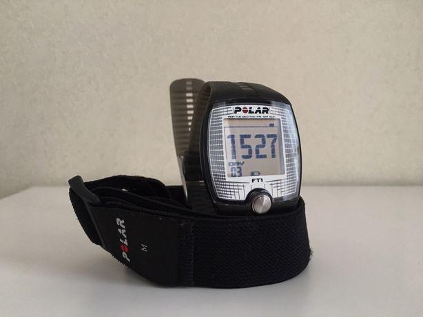 Спортивний годинник пульсометр