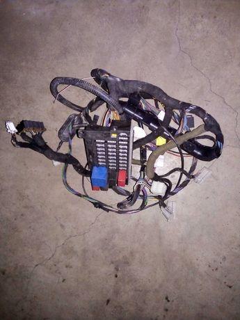 Skrzynka bezpieczników, przekaźniki, wiązka kabli Fiat Seicento