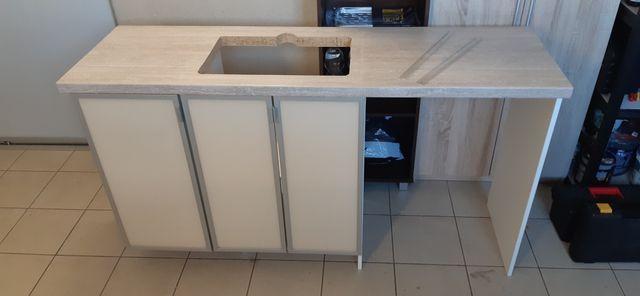Zabudowa łazienkowa meble do łazienki szafki łazienkowe Blum Egger