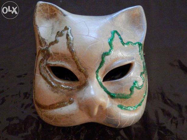 Mascara Italiana para pendurar