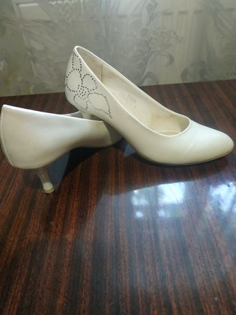 Свадебые туфли 35