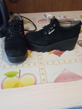 Женские туфли-ботинки