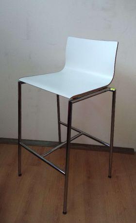 Krzesło barowe hoker Profim Sensi K1CH