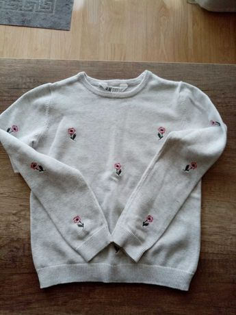 Sweterek w kwiaty