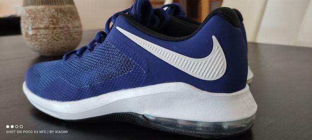 Tenis  Nike Air Max (novos)