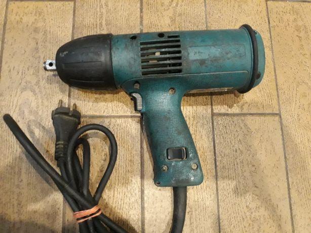 Klucz udarowy elektryczny Makita 6905H