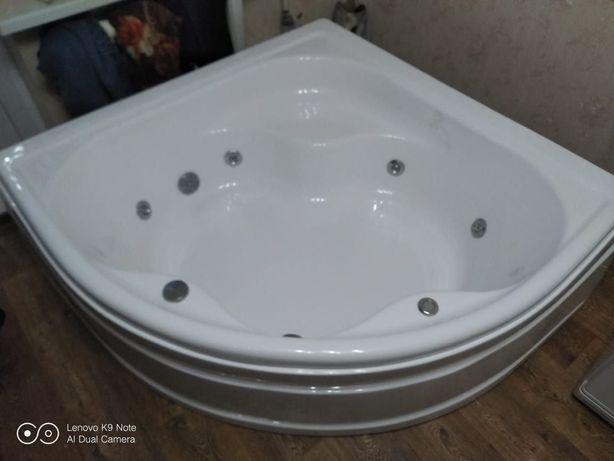 Продам гидромасажную ванну (джакузи ) срочно