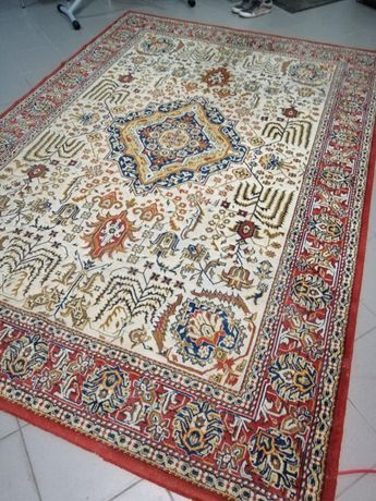Vendo tapete persa usado