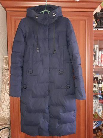 Продам зимнюю курточку-пальто. Размер М.