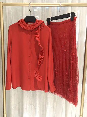 Czerwony komplet bluzka plus spódnica koronką model Valentino M/L
