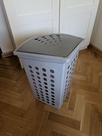 Kosz na pranie bieliznę Curver szary 42x48x59 cm