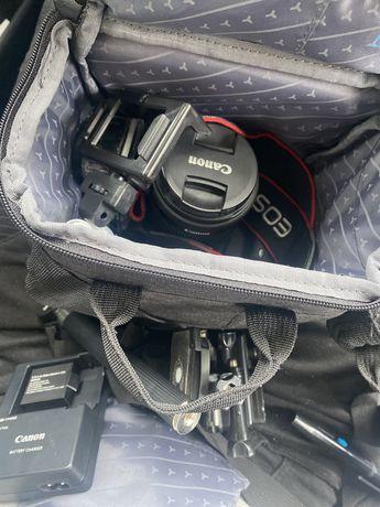 Canon eos 700D nova com acessoeios pra agora