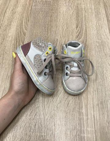 Kickers 20 p кожа черевики кросівки ботинки кроссовки