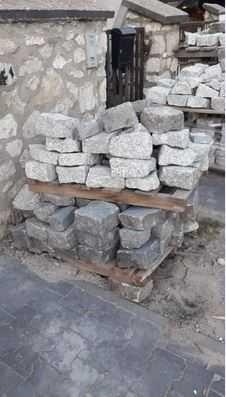 Kostka brukowa granitowa duża