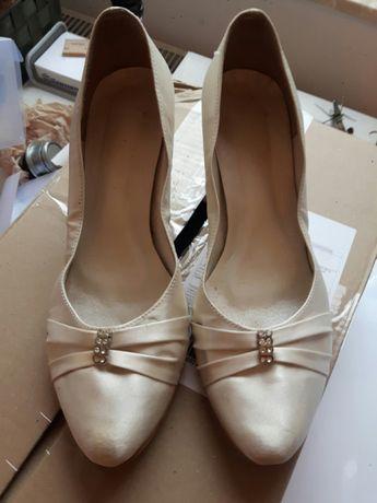 Buty ślubne obcasy ecru błyszczące
