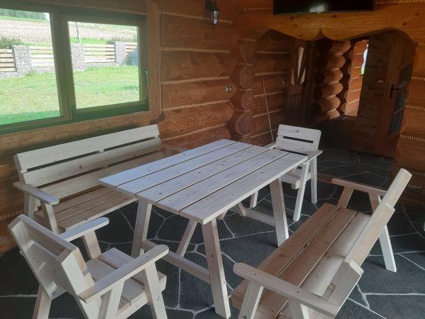 Meble ogrodowe drewniane ławki , studnie ozdobne