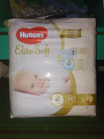 Продам подгузники Huggies Elite Soft 2