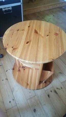 Stolik kawowy na gazety drewno sosna mały