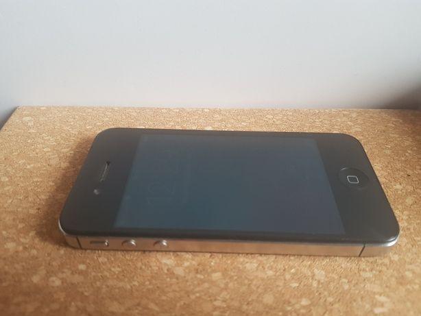 Iphone 4 z czarnym etui