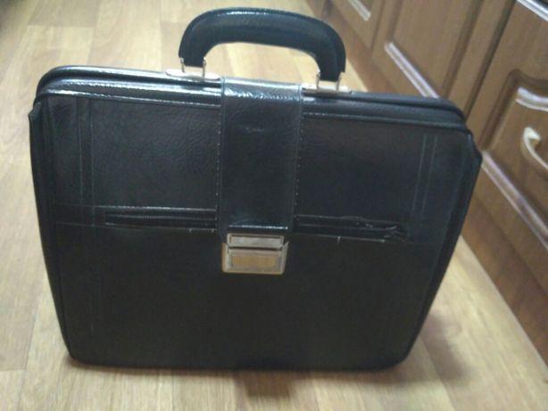 Саквояж СССР (чемодан, сумка)