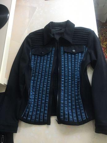 жакет пиджак в отличном состоянии