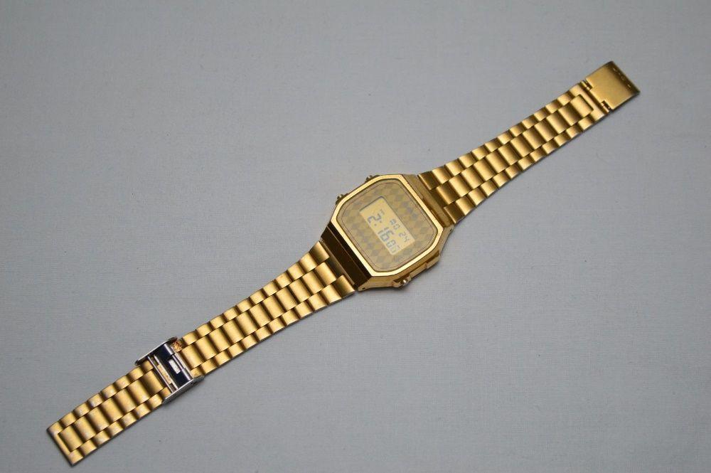 Casio A168 dourado castanho retro