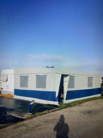 Caravana Burstner sunshine com avancado com area total de 35m2