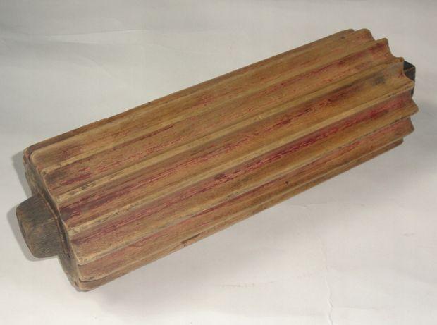 Przedwojenny drewniany model rękodzieło