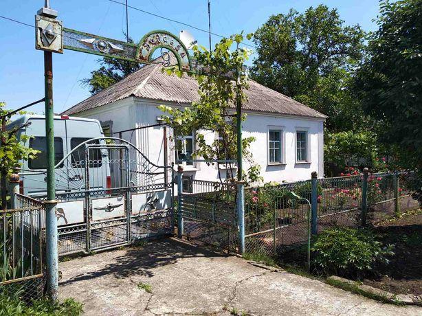 """Продам дом в Кривом Роге на Ингульце в р- не ост. """"Ореховая Роща""""."""