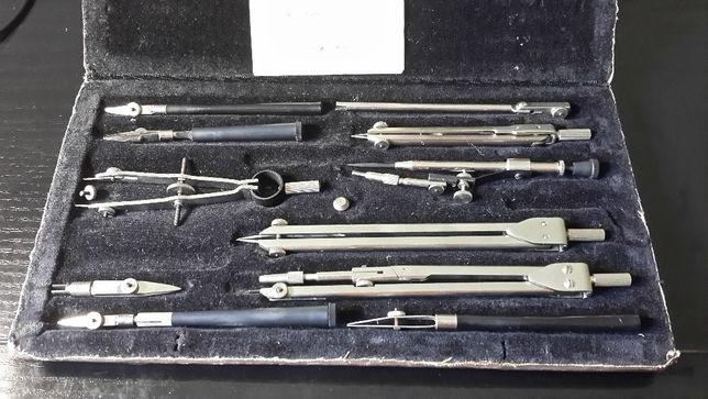 Набор для черчения чертежный набор Готовальня НЧК-15-1