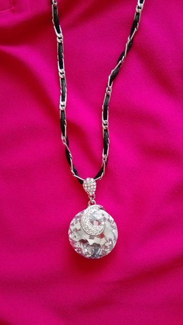 Nowy naszyjnik z kryształem Swarovskiego