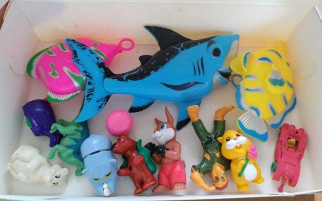 9 іграшок з Кіндера + рибалка (пакетом)