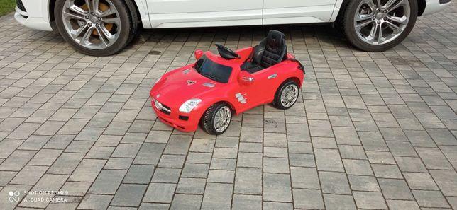 Samochód na akumulator dla dzieci