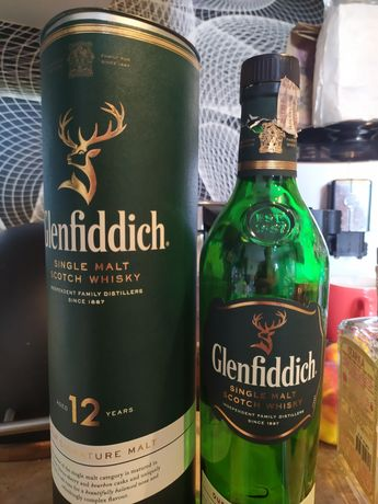 Glenfiddich butelka i puszka whisky
