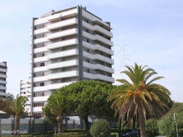 Apartamento T0 em Alvor, com vista mar