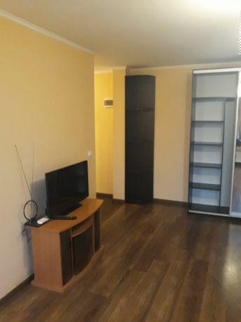 Здається в оренду квартира з ремонтом по вул Оноківській