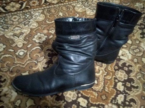 Зимние ботинки натуральная кожа, кожаные , сапожки 38-39 р.
