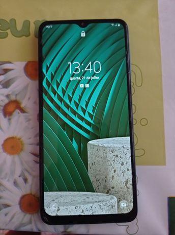Samsung A12 com 6 meses. Com garantia