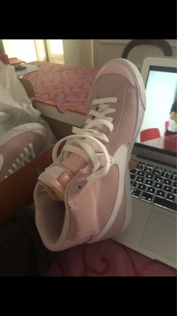 Nike blazer mid Novos COR DE ROSA
