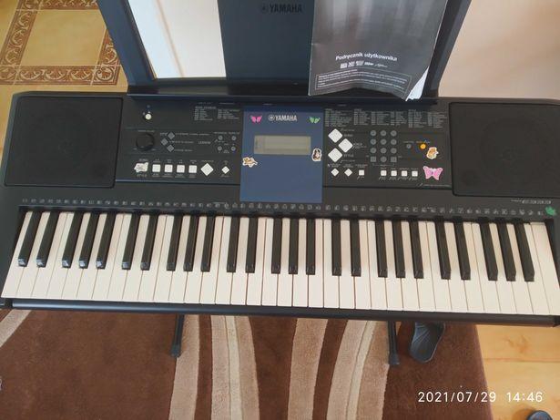 Keyboard YAMAHA E 333