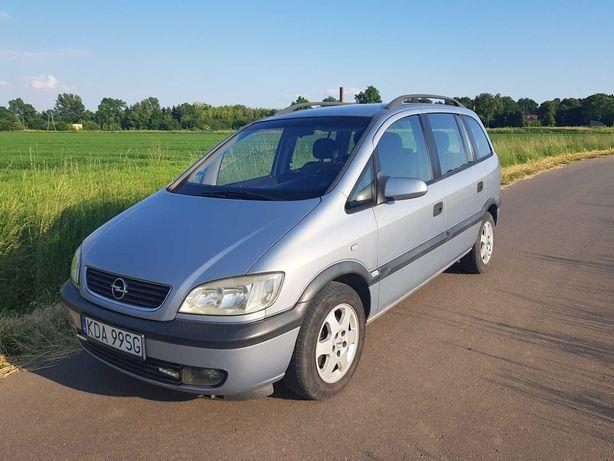 Opel Zafira 2002 r 101 KM