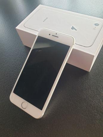 Sprzedam IPhone 8  64gb