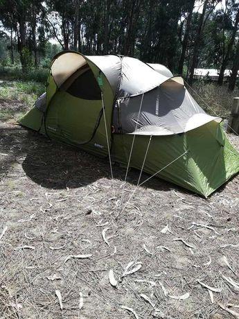 Tenda de Campismo Quechua Base Seconds 4.2, 4 pessoas, 2 quartos